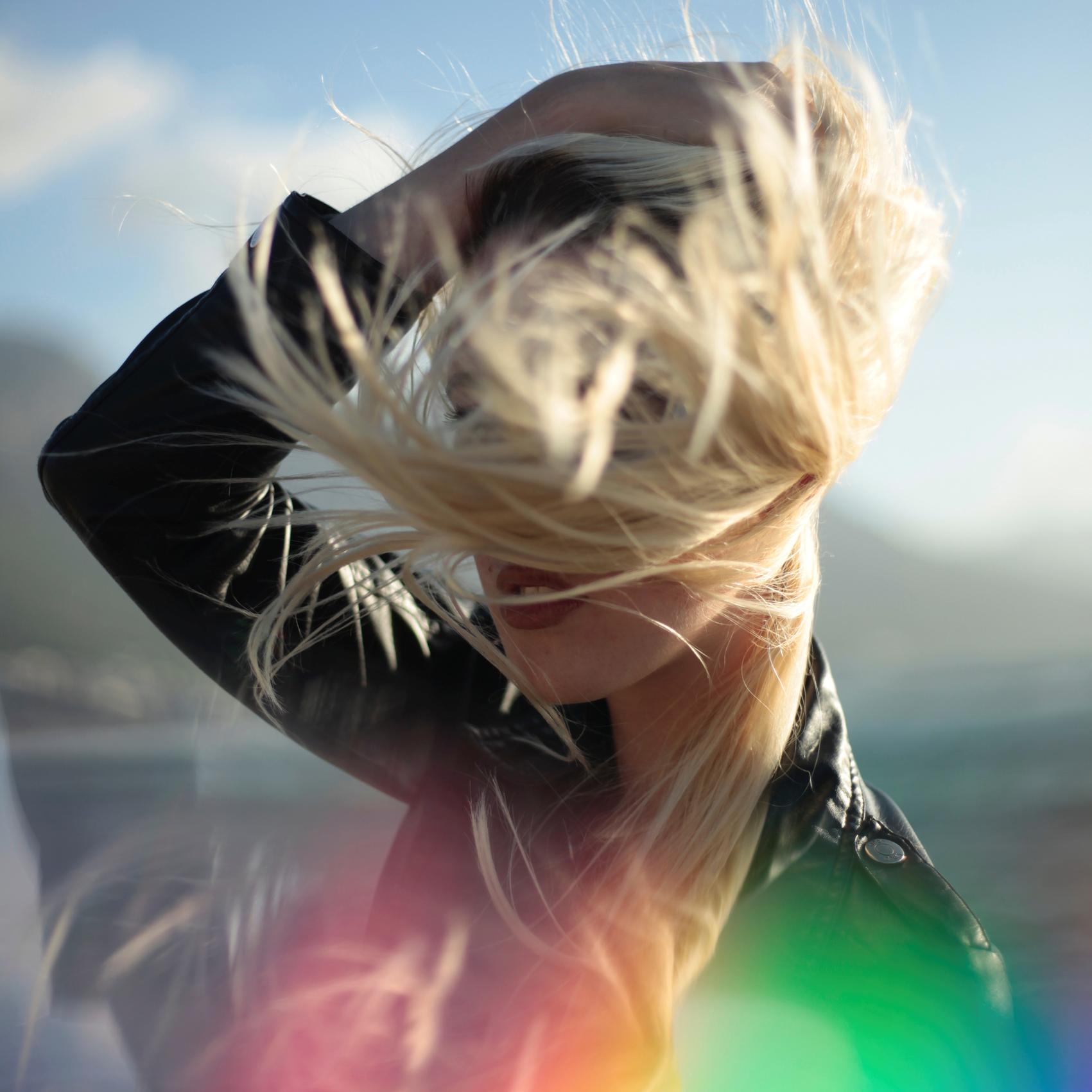 Plaukų šviesinimo subtilybės – iš profesionalų lūpų